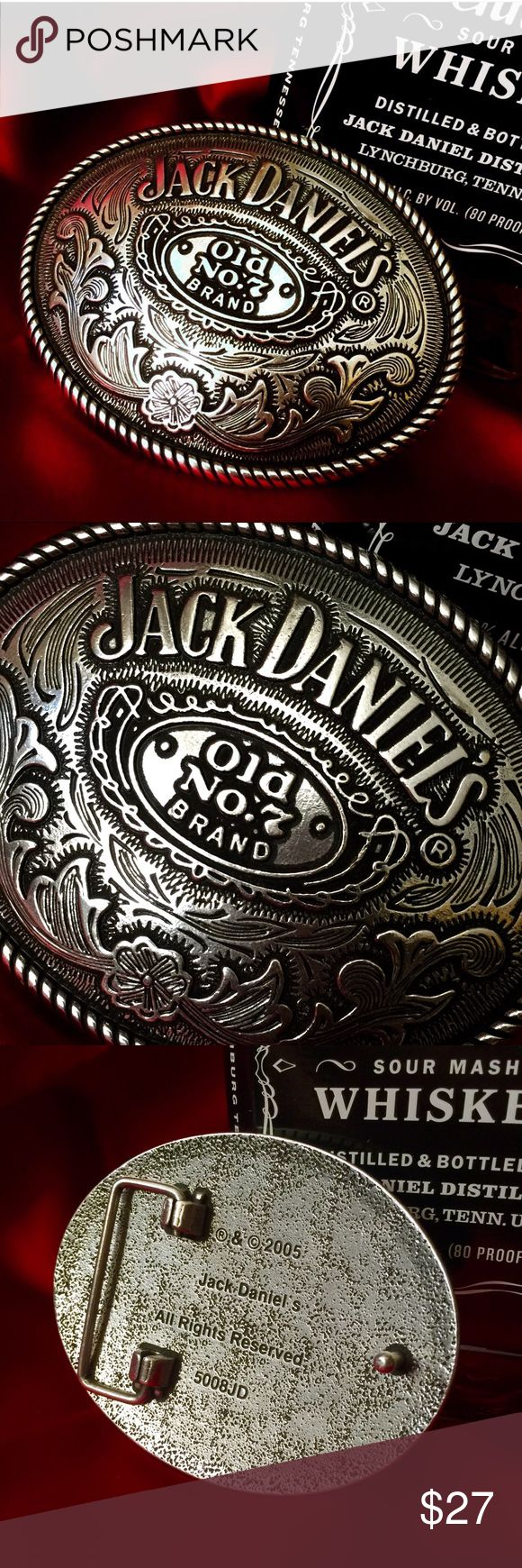 Badass Big Belt Buckle Jack Daniels Wear your whiskey without spilling a drop with this Badass Big Belt Buckle from Jack Daniels - Vintage Accessories Belts