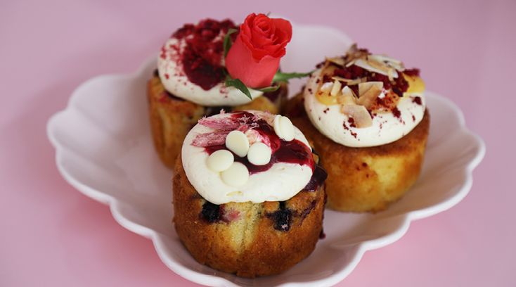 Cakes by The Caker on a powder pink Petit four dish by Rachel Carley Ceramics. New Opening: Salon de Cake by The Caker