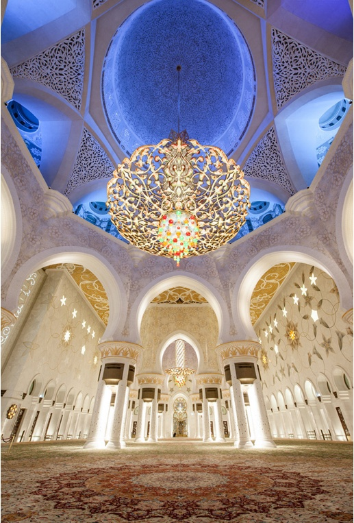 Inside Sheikh Zayed Grand Mosque in Abu Dhabi by Sebastian Opitz. :: http://500px.com/photo/6217600