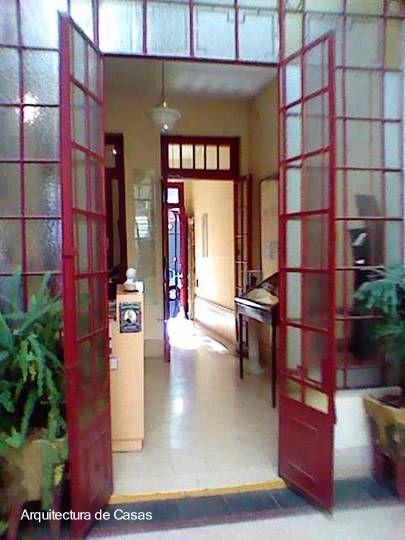 Arquitectura de Casas: La casa chorizo de Carlos Gardel en Buenos Aires.