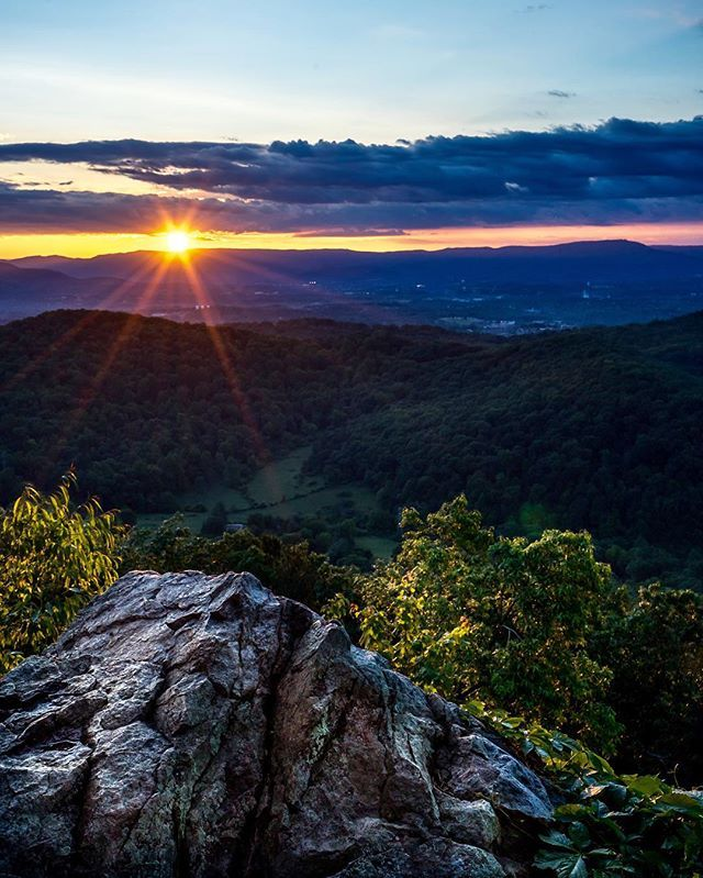 I've lived in Roanoke, Virginia for almost twenty years, and somehow I've never been up to Roanoke Mountain. It's just a few minutes away from the Roanoke Star but much less crowded and a far better view of the sunset. Just proves that you really need to explore your own backyard. #virginia #roanokeoutside