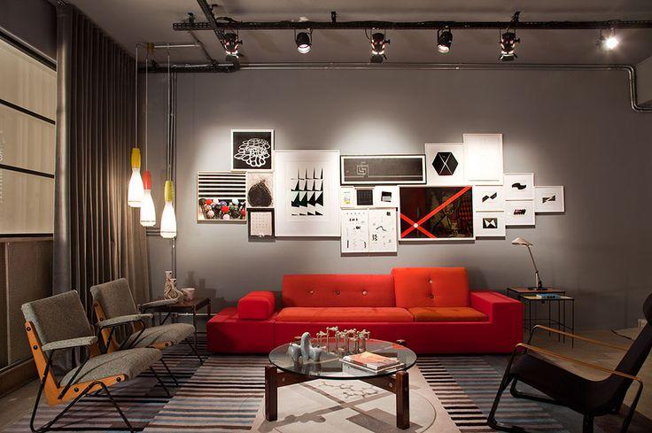 Resultado de imagem para sala sofa vermelho