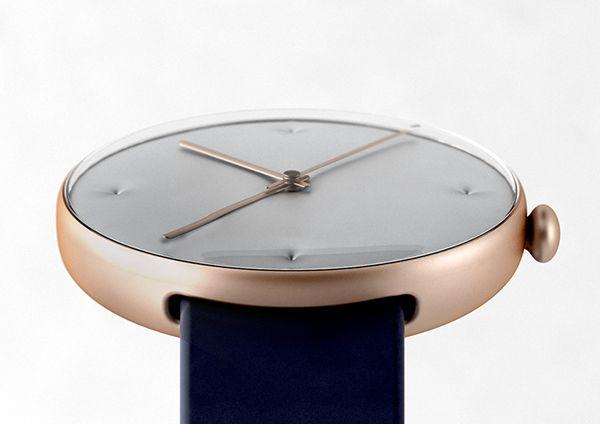 the Chester Watch by Studio Dreimann