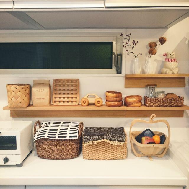 Kitchen,無印良品,ダイソー,ナチュラル,かご,北欧,ニトリ,なべしき,セリア,WECK,フラワーベース,artek,Studio Clip,壁に付けられる家具,コットンフラワー,サンキライ,MK Tresmer,北欧生地,バンブーバスケット,同じような写真ばかりで、ごめんなさい…のインテリア実例 | RoomClip (ルームクリップ)