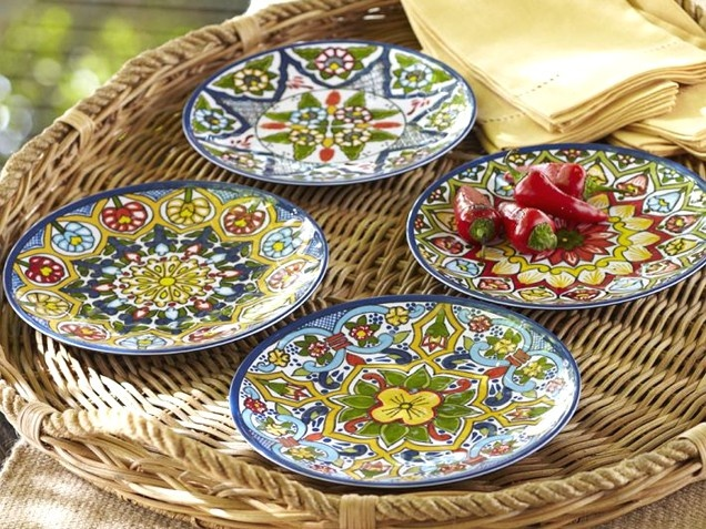 Punchy Plates For sophisticated summer gatherings pick up a set of colorful melamine plates. & 114 best mexican design and coulture images on Pinterest | Mexican ...