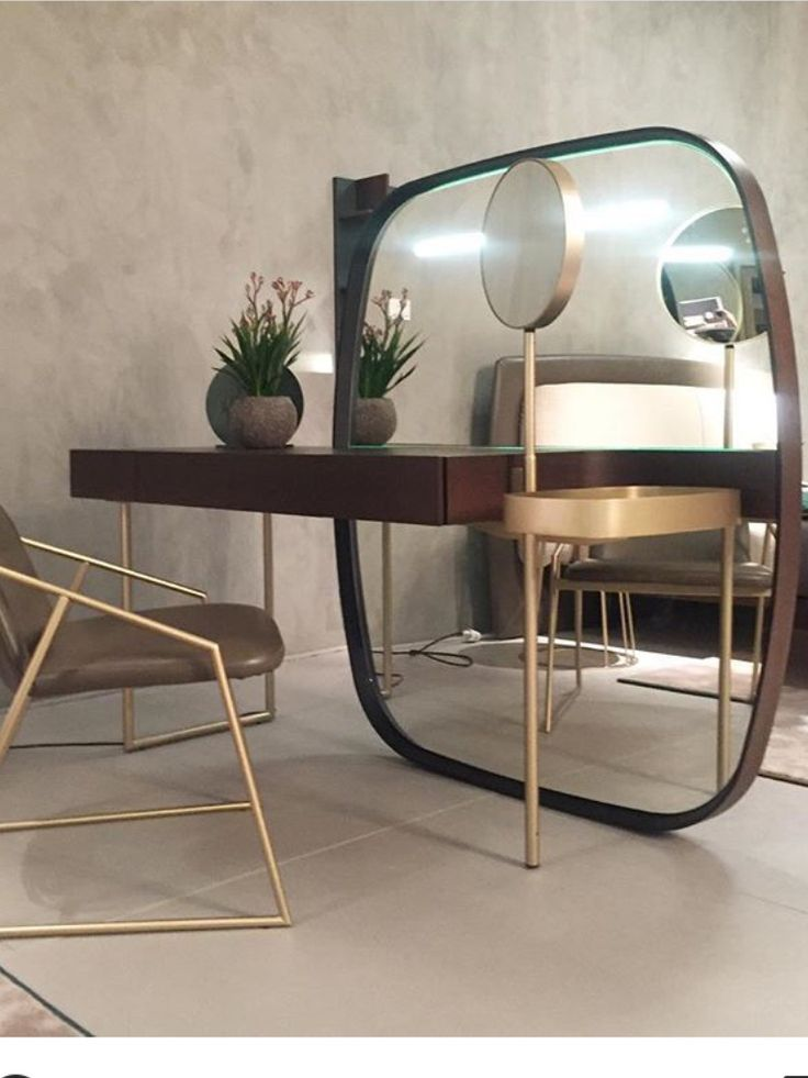 Modern dressing table / vanity