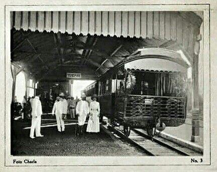 Spoorwegstation Tjepoe, Java 1913-1916.