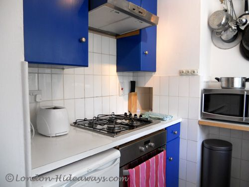 Kitchen facilities - Small fridge/mini freezer ,Microwave, Oven ,Hot, plates ,Percolator ,Kettle, Dinnerware and cookware provided