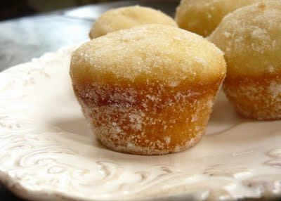 Donut Muffins (ok not quite healthy but damn tasty without the sugar coating and with cinnamon instead of nutmeg)