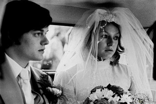 Sam Riley and Samantha Morton in Anton Corbijn's Control (2007).