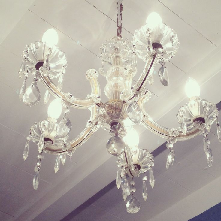 Finally we have our vintage crystal chandelier in the bathroom!