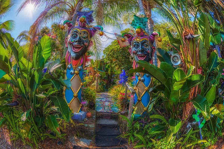 Jesters in Whimzeyland, Safety Harbor, Florida