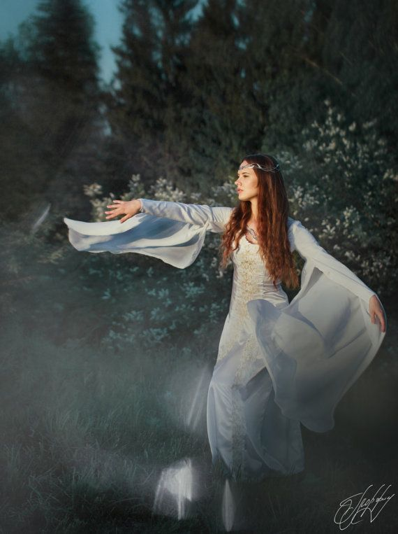https://www.etsy.com/ru/listing/258710269 #glorfinavaridiadems  #diadem #tiara #crown #circlet #lotr #galadriel #arwen #elvishwedding #thranduil
