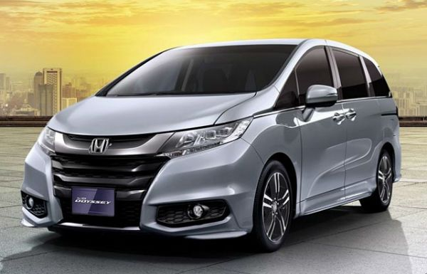 2018 Honda Odyssey is the featured model. The 2018 Honda Odyssey MPG image is added in car pictures category by the author on Sep 22, 2017.