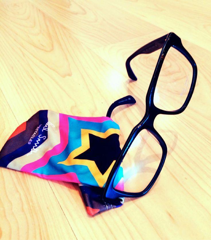 ポール・スミスのメガネは、あのブランドとのコラボレーション!?