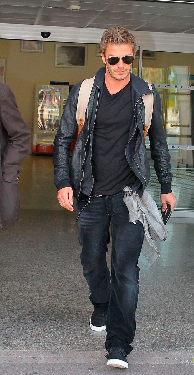 """""""--Bruno, qual é a melhor calça jeans para o meu tipo de corpo? Sou alto, magro, mas com barriga e tenho o tronco curto. Me visto bem casual"""".   Recebo inúmeros e-mails com descrições semelhantes. Imagino que, talvez, você leitor, também tenha tido a mesma dúvida algum dia: """"qual o jeans certo pa..."""
