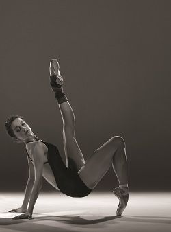 Alice Topp, photographed by Tim Richardson: Dance Remain, Ballet Dancers, Dreams, Ballet Dance My, Topps Photo, Barre Triceps, Gears, There Dance, Triceps Dips
