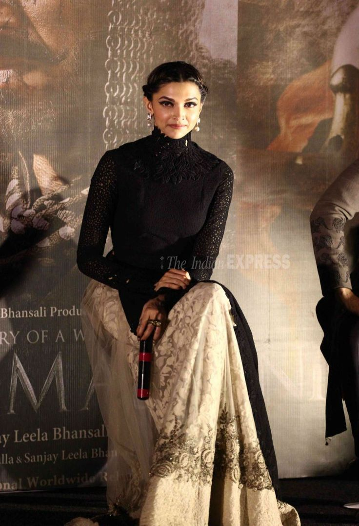 Deepika Padukone at Bajirao Mastani trailer launch.
