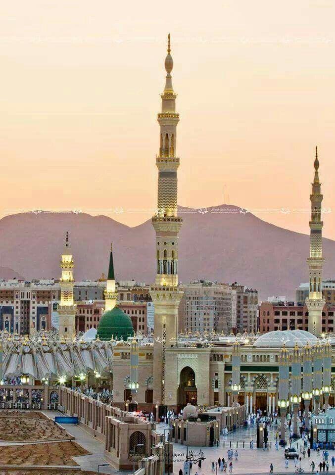 Mosque Al-Nabavi. Madina Munawara, Saudia.