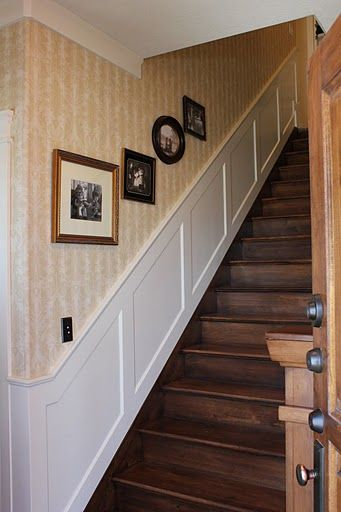 staircase-and-family-photos-wide-shot.jpg 341×512 pixels