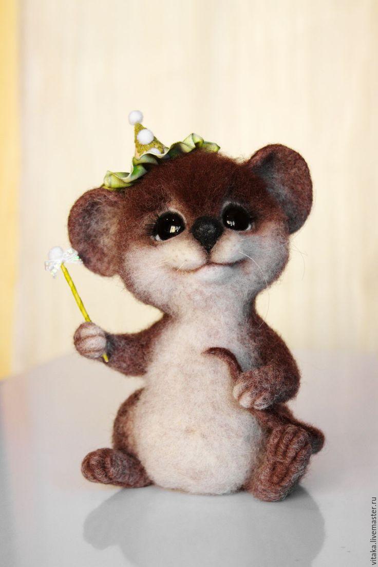 Купить Мышонок волшебник. - коричневый, мышь валяная, мышонок, мышонок валяный, мышонок войлочный, мышка