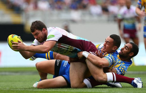 Joshua Starling of the Sea Eagles scores a try during the match between the Manly-Warringah Sea Eagles and the Parramatta Eels in the 2015 Auckland Nines at Eden Park on January 31, 2015 in Auckland, New Zealand. (January 30, 2015 - Source: Simon Watts/Getty Images AsiaPac)