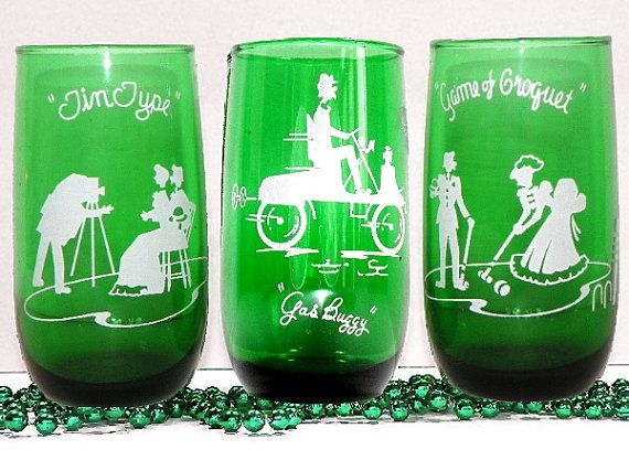 Rare Forest Green Drinking Glasses with White Enamel by Chaseyblue #green #drinkingglasses #tumblers