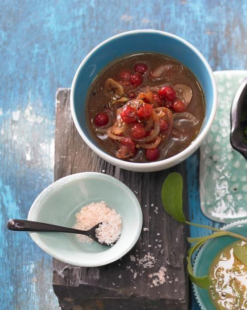 Sherry-Marinade für Rind und Lamm - mit Johannisbeeren und Zwiebeln.