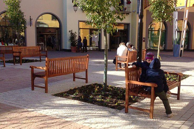 Il Giardino di Legno - Classica #wooden #benches at Cilento Outlet Village