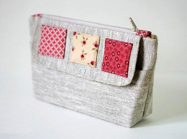 Cosmetic bag of linen with two compartments. DIY Tutorial in Pictures.