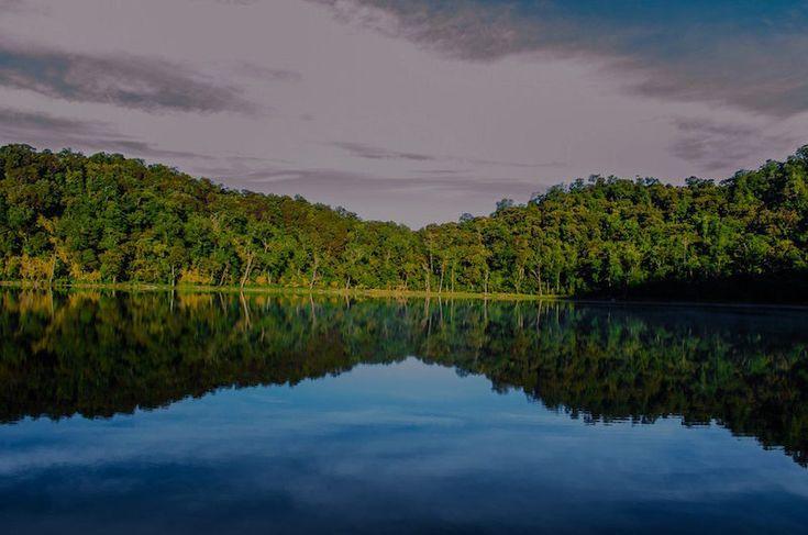Laguna Chicabal – centro ceremonial Maya, localizado en San Martin Sacatepéquez, Quetzaltenango – foto por Esau Beltran Marcos