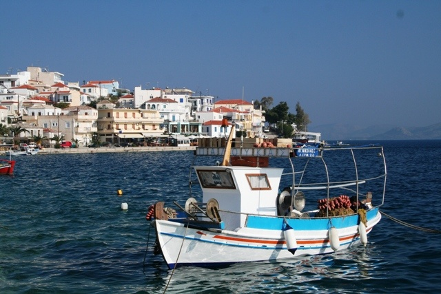 One will find many colourful boats along the Mandrakia side of Ermioni.