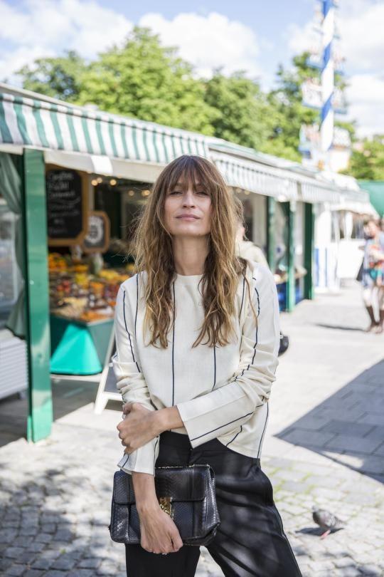 Caroline de Maigret lebt Pariser Chic.