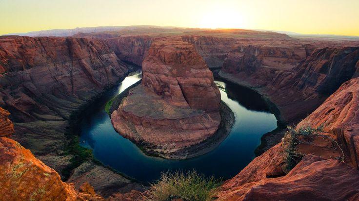 Horseshoe Bend, Paige, Arizona, lake, golden canyon, clear sky