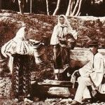 Romanian women at the well before WWII