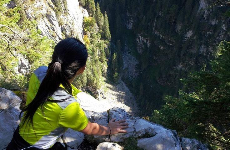 În vacanţa petrecută în Parcul Natural Apuseni mi-am propus să descopăr cât mai mult din Platoul Carstic Padiș (Munții Bihorului) şi pentru cele două zile petrecute acolo mi-am stabilit trei ...