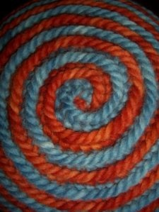 Nalbinding - Mütze in Spiraltechnik (Hat done with spiral technique)