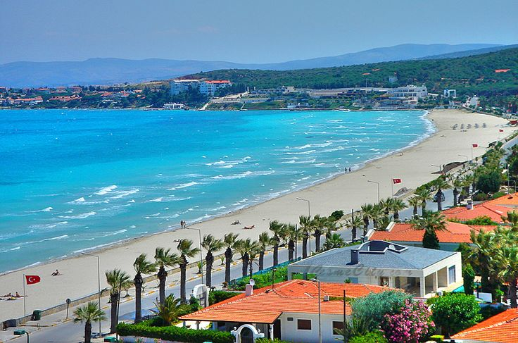 Ilica Beach, Cesme - This lovely beach stretches about 1.5 km in length and with its favorable wind conditions and the neighboring Alacati, this is the perfect spot for windsurfing.