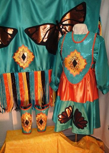 Fancy Shawl The Powwow Life Fancy Shawl Regalia