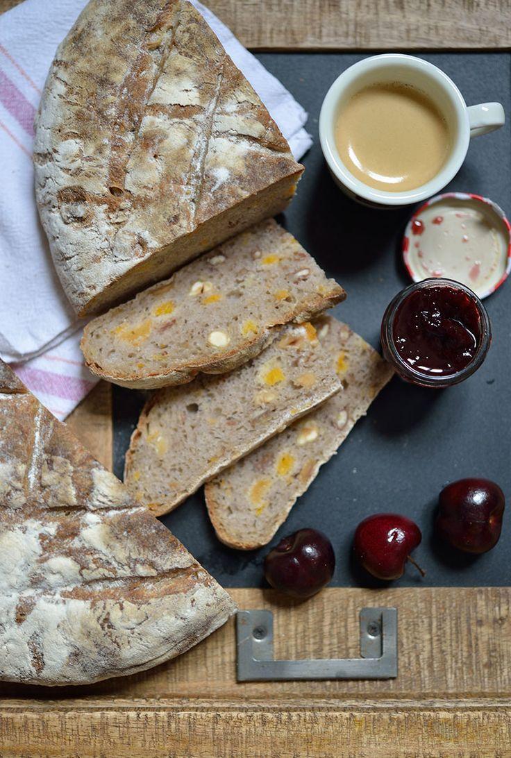Pain au levain aux amandes et abricots safran gourmand pains et p tisseries pinterest - Recette tuiles aux amandes masterchef ...