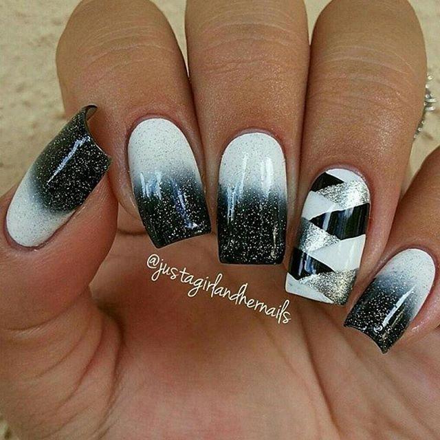 #mulpix Degradé blanco a negro con detalles en plata. By @justagirlandhernails  #nail  #cute  #uñas  #decoradas  #uñasdecoradas  #girl  #love  #beautiful  #fashion  #design  #me  #amazing  #beauty  #instagood  #amor  #outfitoftheday  #girls  #friends  #model  #smile  #happy  #felicidad  #amigas  #nail  #uñasdecoradasoficial  #instamood  #nails  #nailart  #nailporn  #nailpolish  #naildesign  Aportes por DM