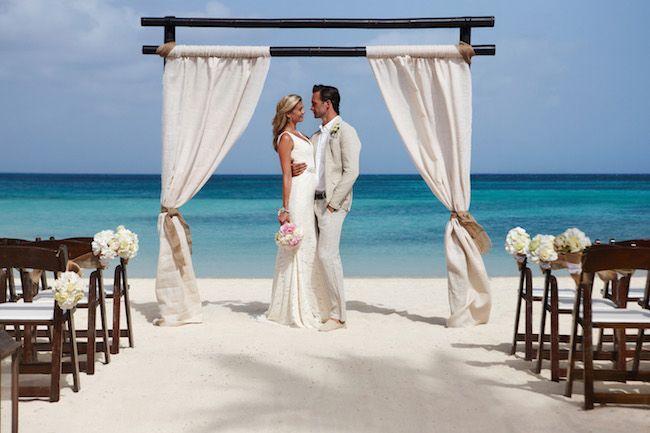 Destination Weddings with Aruba Marriott - http://ruffledblog.com/destination-weddings-with-aruba-marriott
