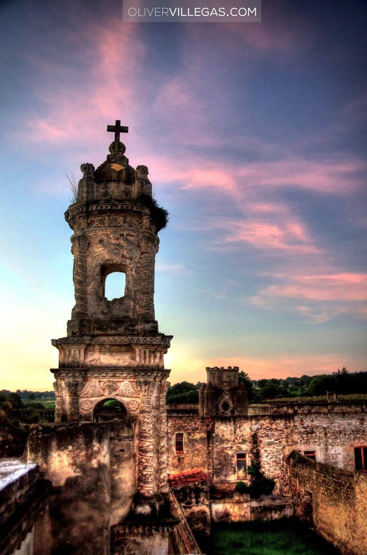 Ruins of an abandoned Mexican hacienda in La Malinche, Tlaxcala. #Mexico