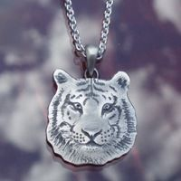 Tiger pendant in sterling silver, commissioned work made by Jewellerydesigner Ailin Roelvaag. #custommade #tiger #pendant #tigerpendant #silver #jewellerydesign