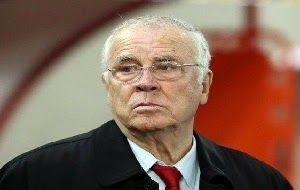 Totem News: Κυρ Σάββα έλεος : Δεν βαρέθηκες πια...