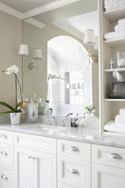 Crisp, clean, classy space.