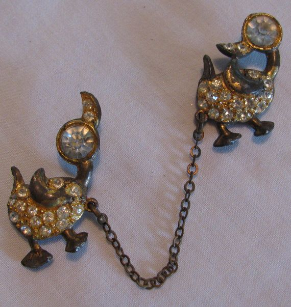 Antique double duck chatelaine brooch rhinestones artist for Star hallmark on jewelry