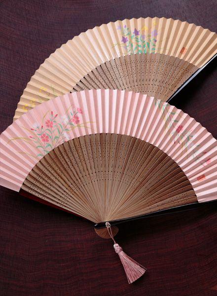 Japanese folding paper fan, Kyo sensu 京扇子