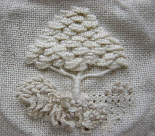 Dimensional Embroidery - Tree by stitch-play, via Flickr I love the texture in this piece, which stands out especially well because of the neutral pallet. :)