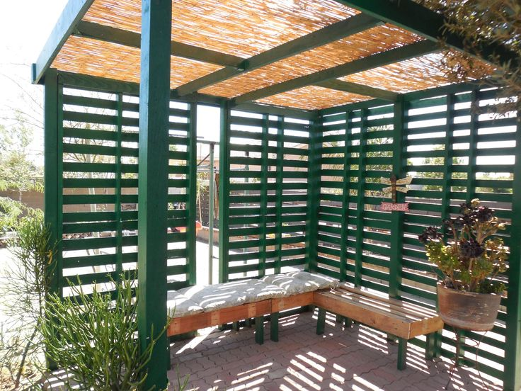 Patio/shade Made Using Wood Pallets.